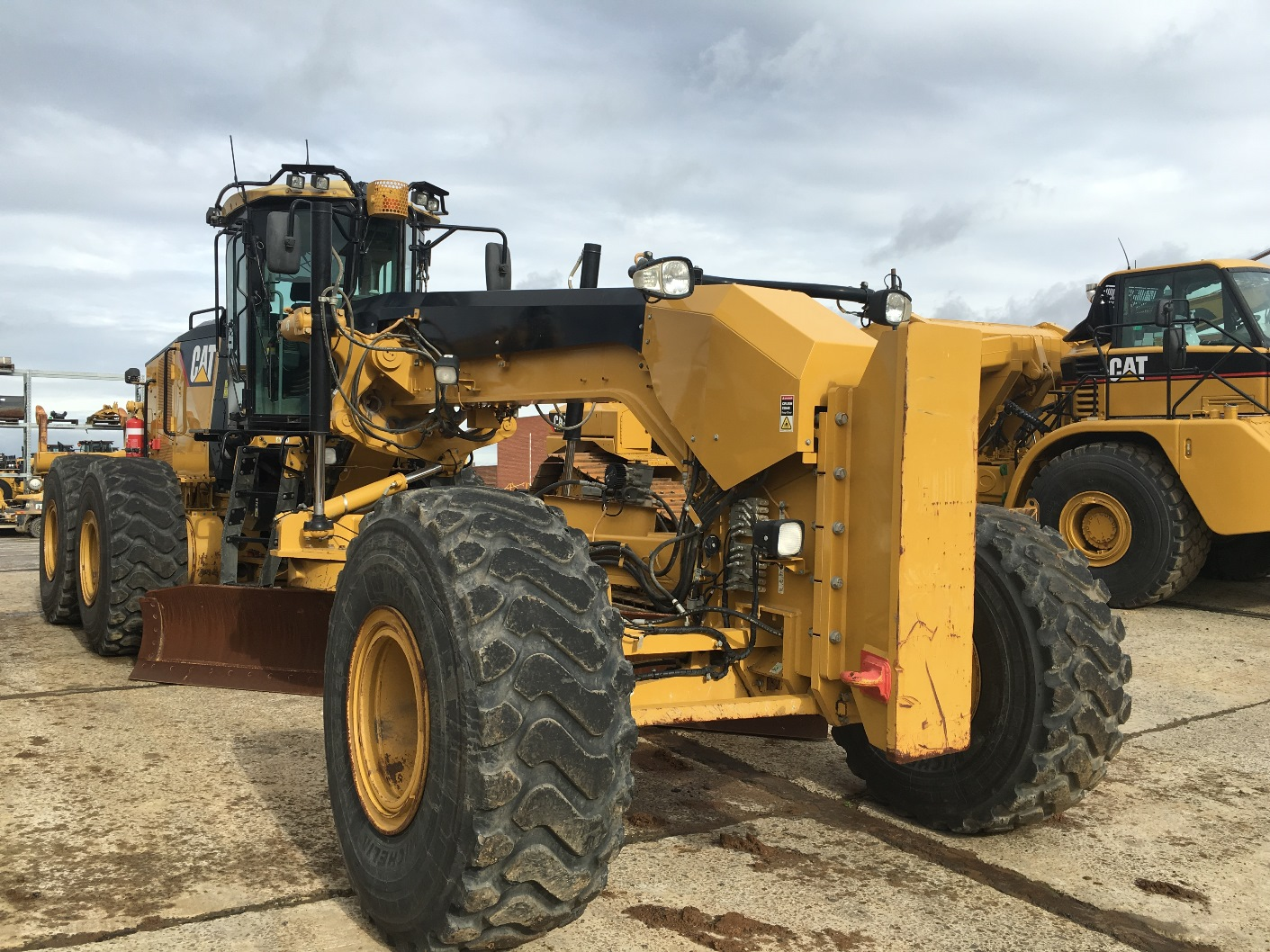2012 16m Motor Grader Millard Machinery