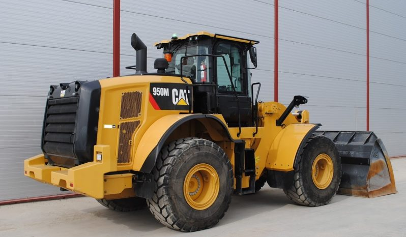 2017 – 950M with 1400 hours full